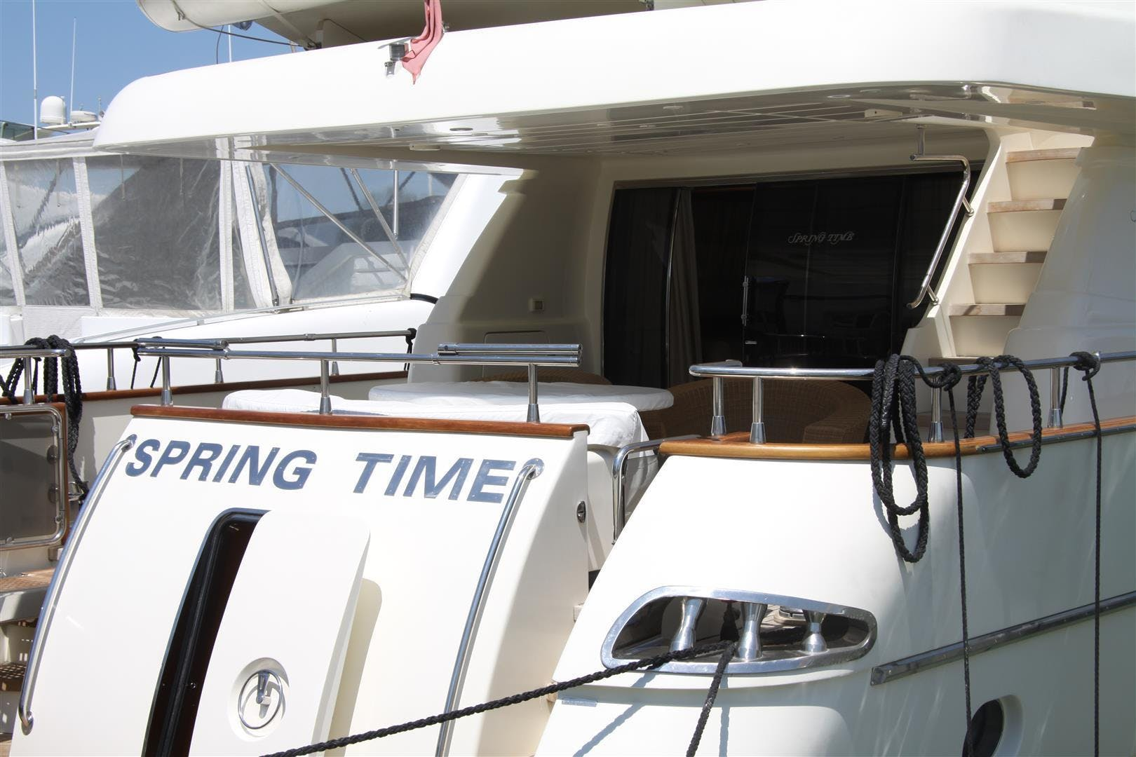 2004 Canados 80' 80S Spring Time | Picture 2 of 44