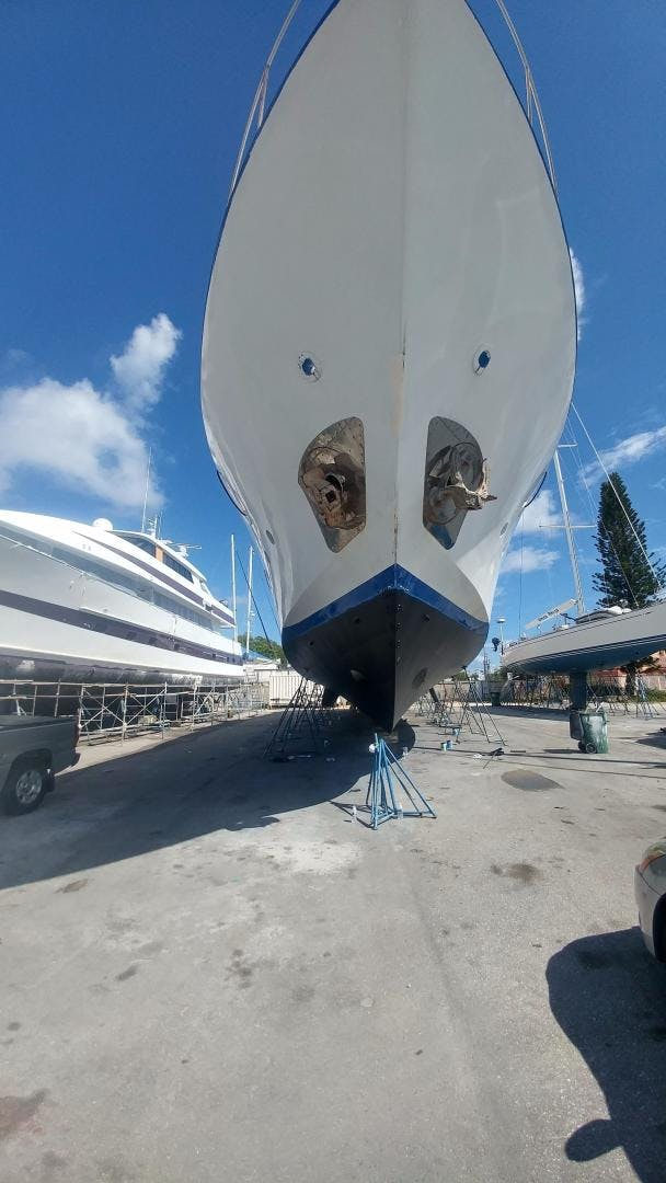1983 Benetti 112' Custom Lloyds M.Y. Timeless   | Picture 6 of 87