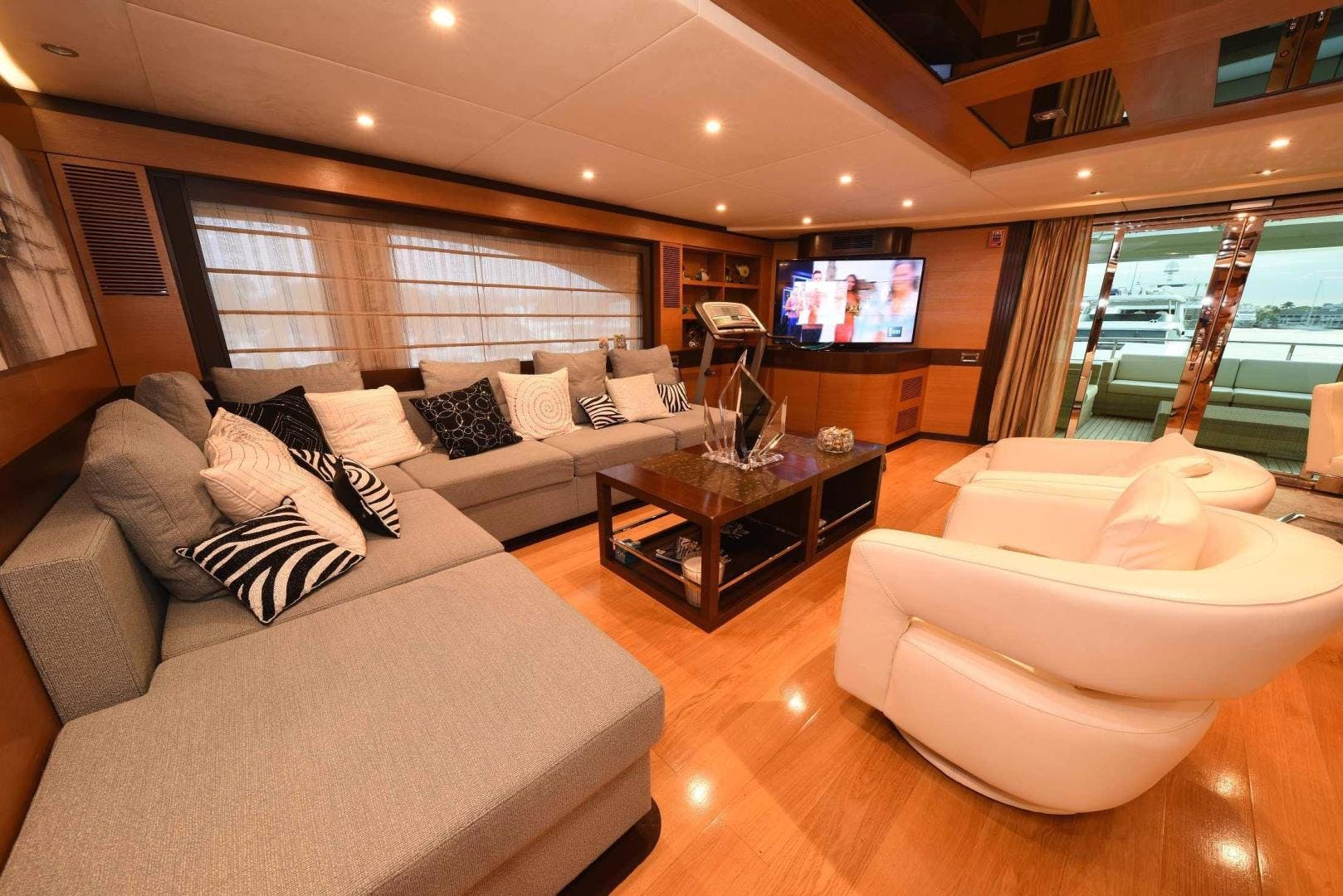 2010 IAG 127' Motor Yacht KIMBERLIE   Picture 2 of 53