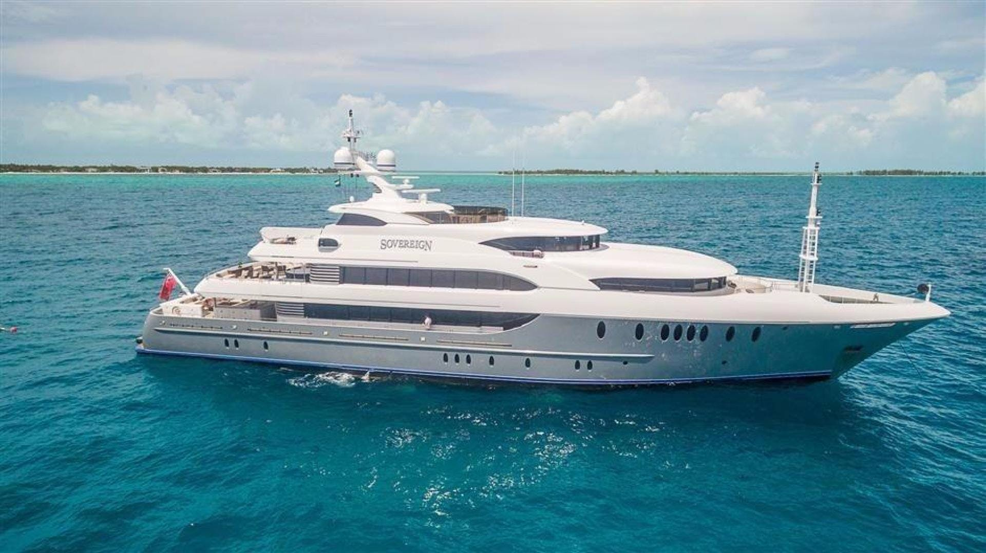 2011 Newcastle 180' 5500 Series SOVEREIGN | Picture 8 of 43