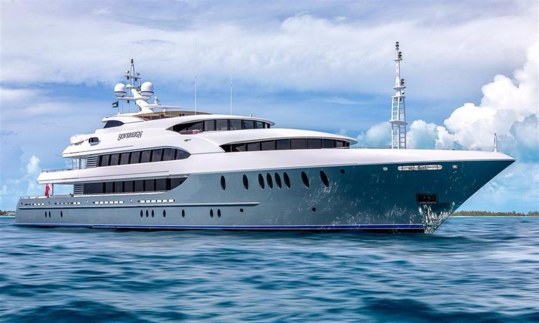 """2011 Newcastle 180' 5500 Series """"SOVEREIGN"""""""