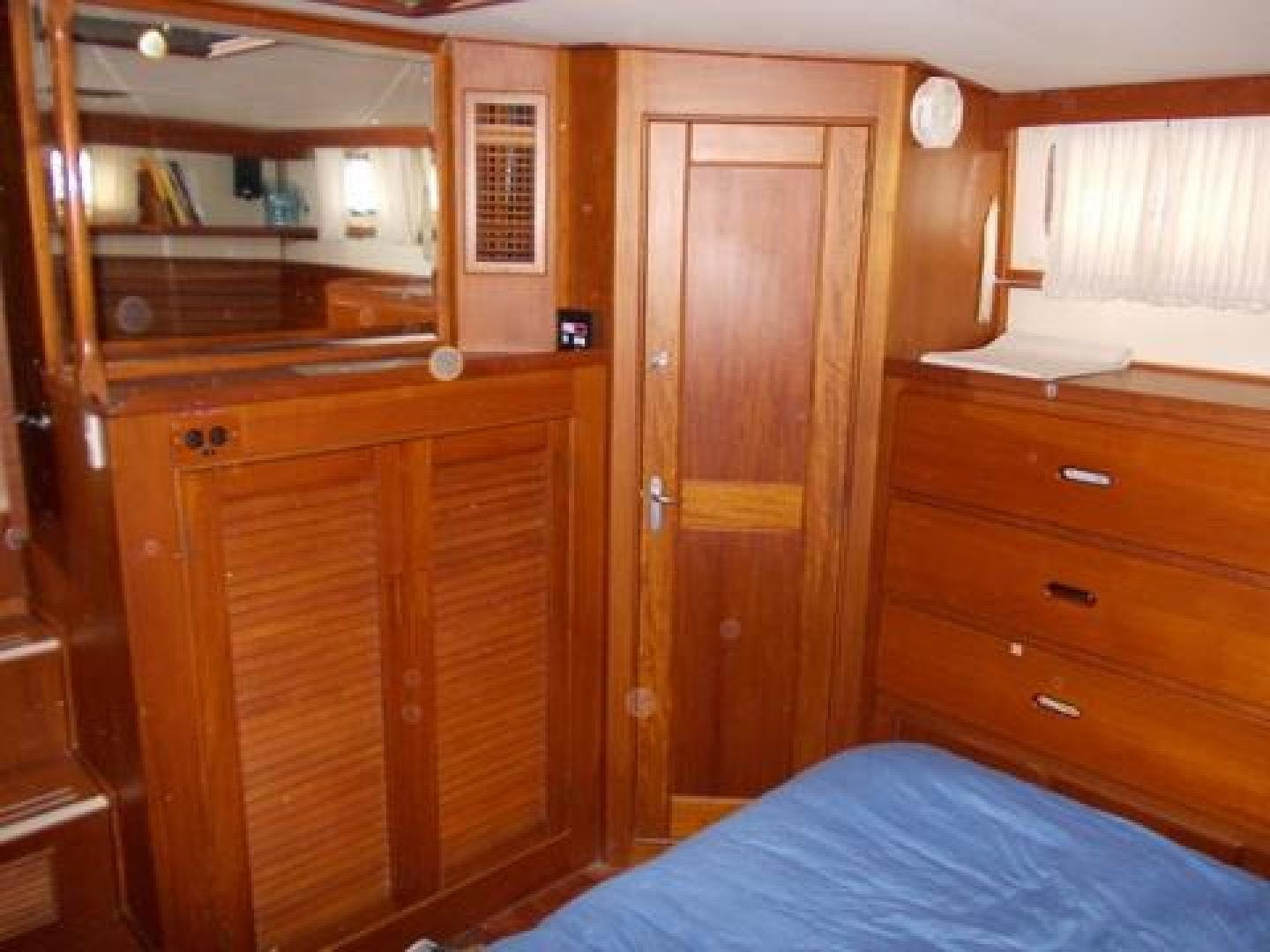 1997 Grand Banks 46' 42 Heritage Classic Livingston | Picture 2 of 54