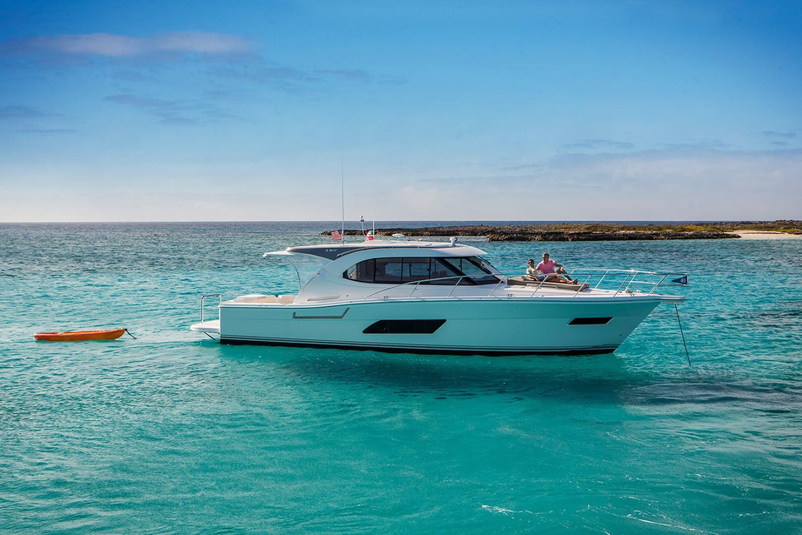 2023 Riviera 44' 445 SUV  | Picture 3 of 17