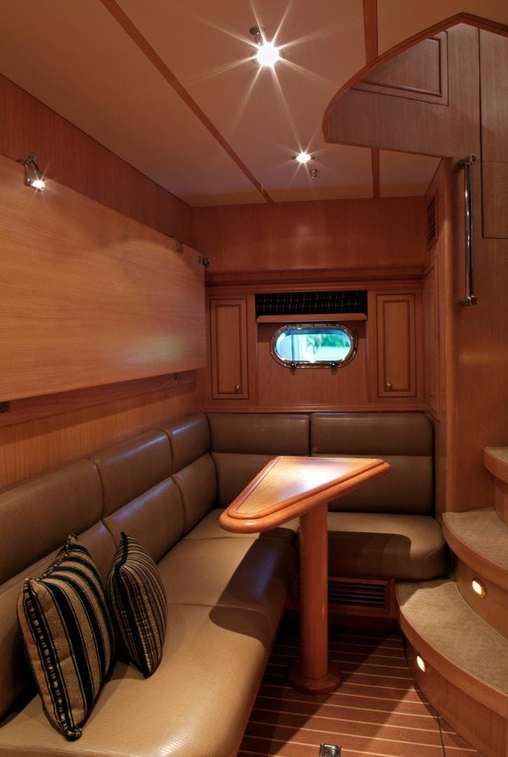 2007 Hargrave 90' Skylounge MABUHAY LIMA | Picture 8 of 35