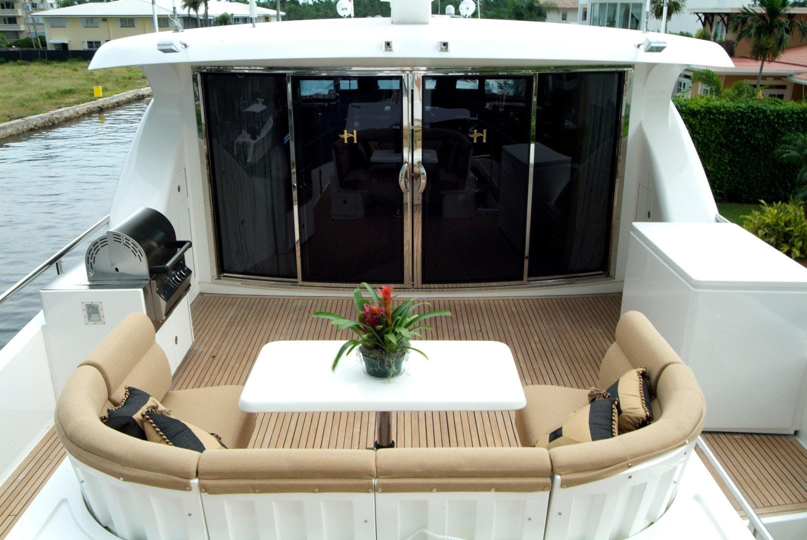 2007 Hargrave 90' Skylounge MABUHAY LIMA | Picture 7 of 35