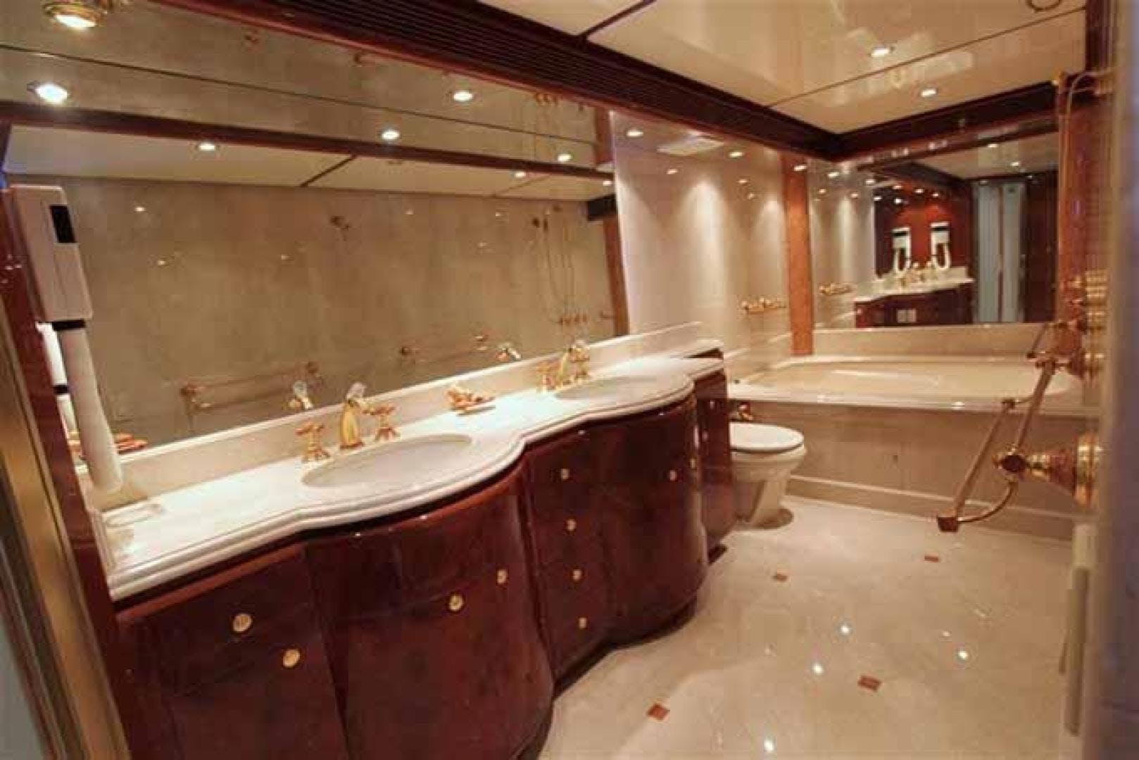 2012 Tarrab 91' Tri Deck MY TARRAB 91   Picture 8 of 67
