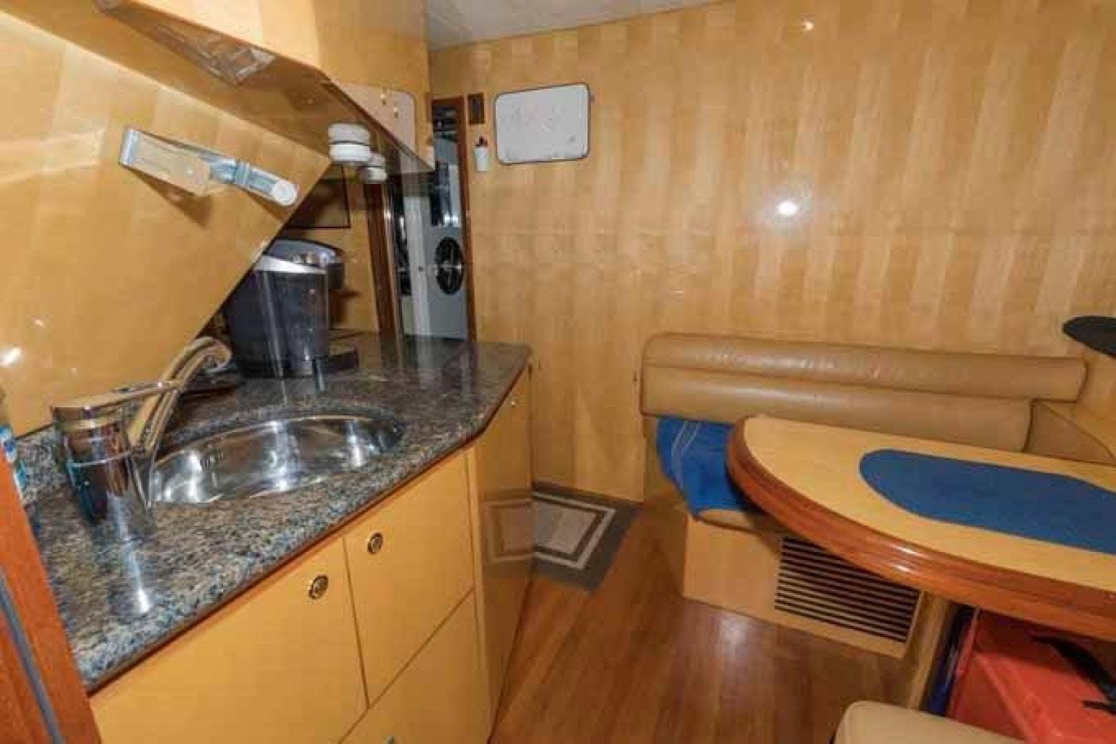 2005 Johnson 87' Flybridge w/Euro Transom 4 MAL | Picture 6 of 84