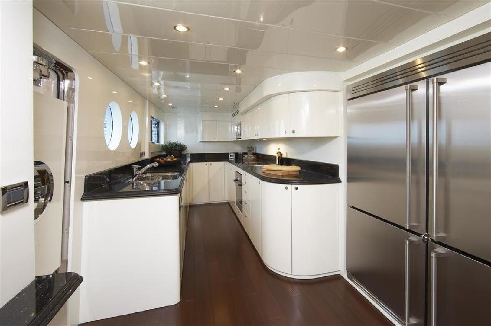 2024 Johnson 110' 110' Skylounge w/On-Deck Master JOHNSON 110 SKYLOUNGE | Picture 5 of 23