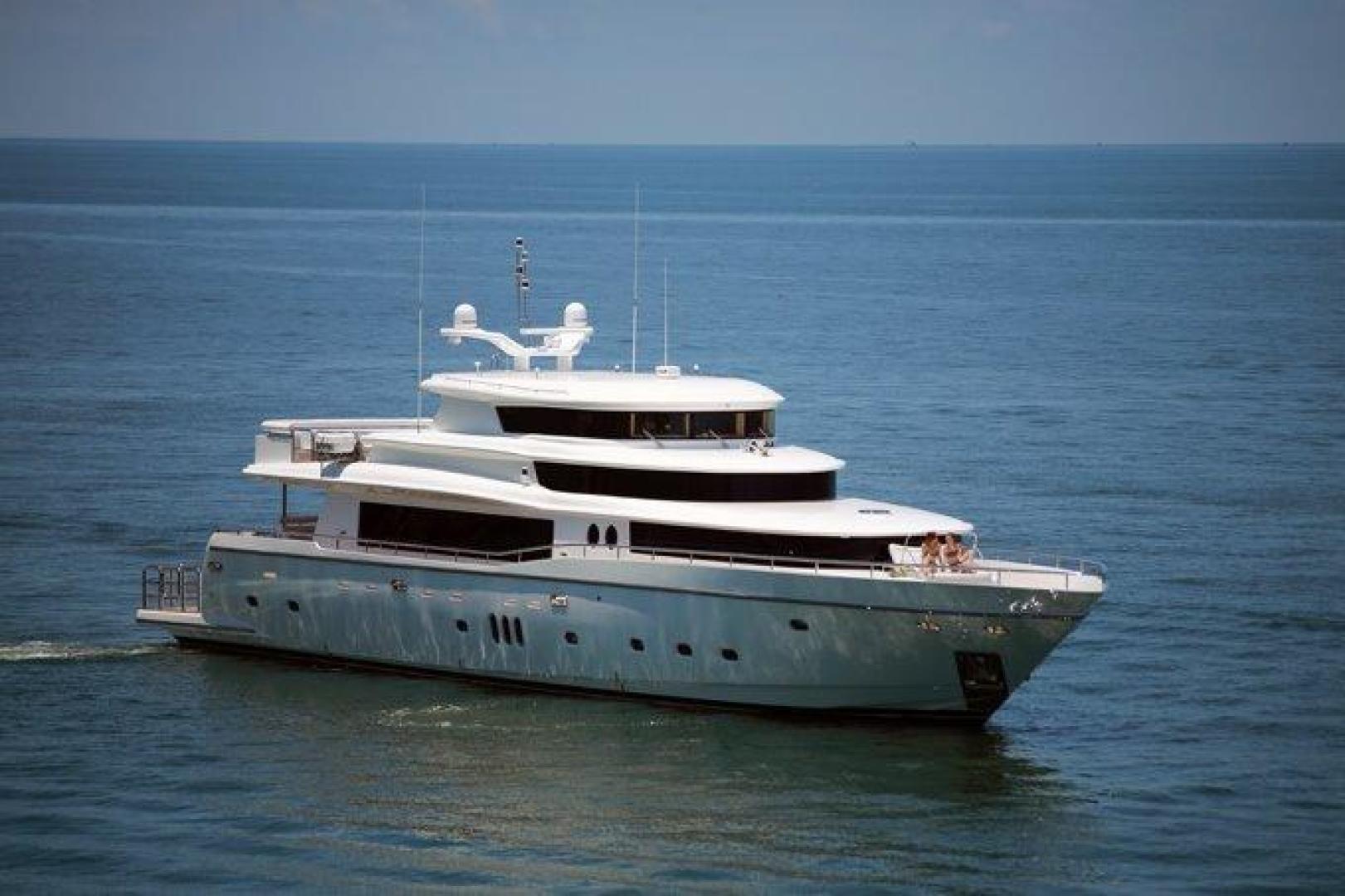 110' Johnson 2021 110' Skylounge w/On-Deck Master JOHNSON 110 SKYLOUNGE