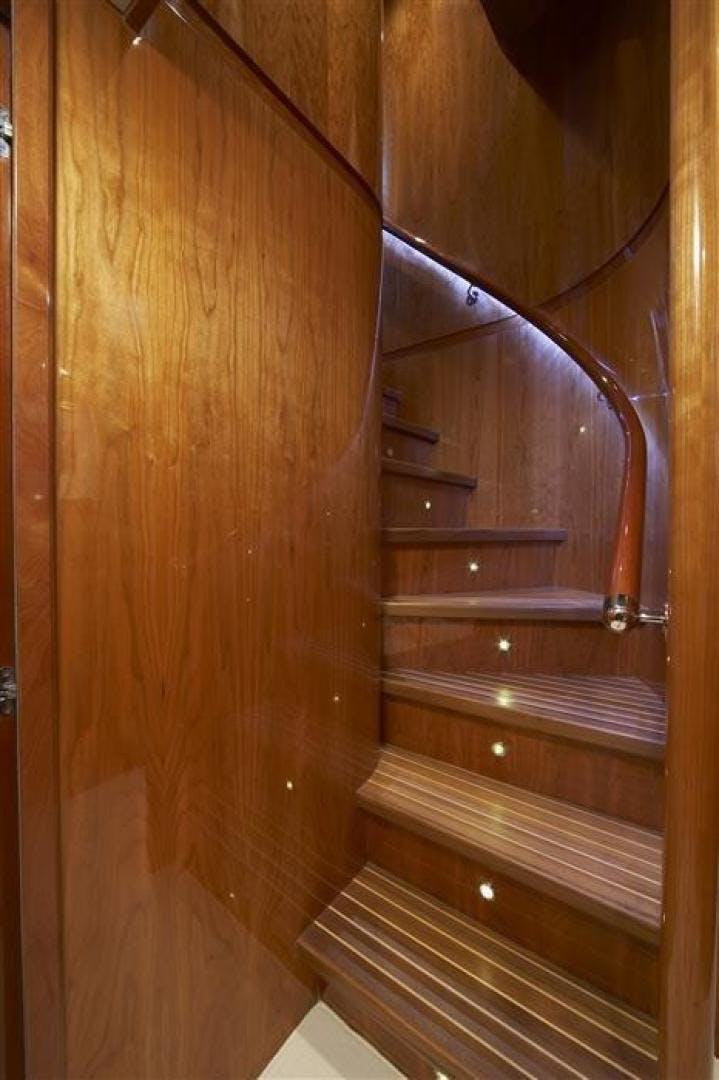 2022 Johnson 110' 110' Flybridge w/On-Deck Master JOHNSON 110 FLYBRIDGE | Picture 7 of 27