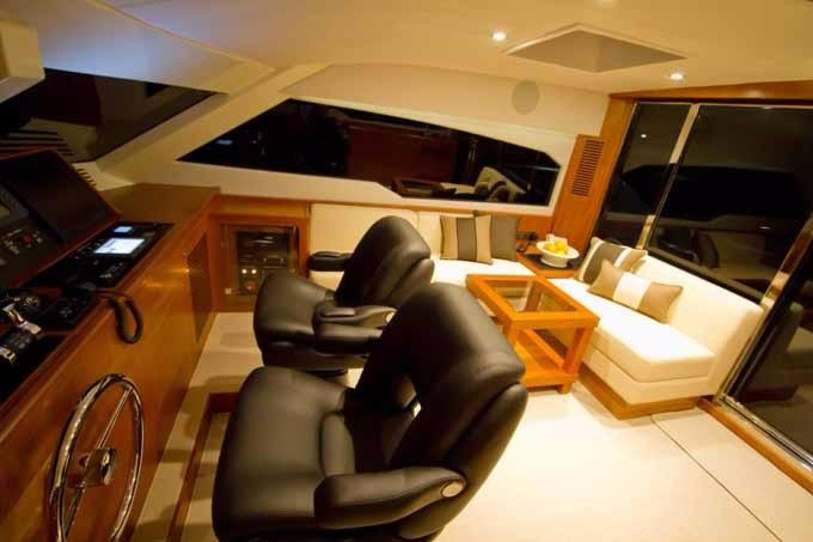 2020 Johnson 70' Skylounge Motor Yacht JOHNSON 70 SKYLOUNGE | Picture 2 of 19