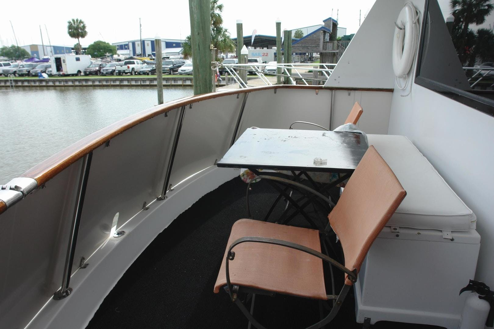 1985 Hatteras 72' 72 Motor Yacht Super Star   Picture 8 of 60