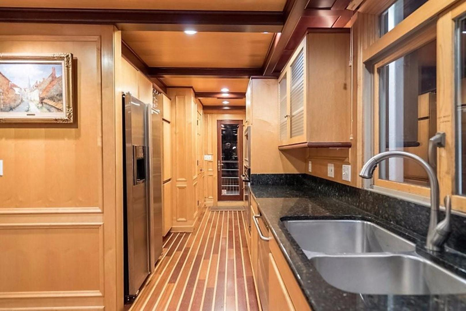 1982 AC Mcleod 79' Custom Sternwheeler House Barge Elena Queen of Arts | Picture 8 of 39