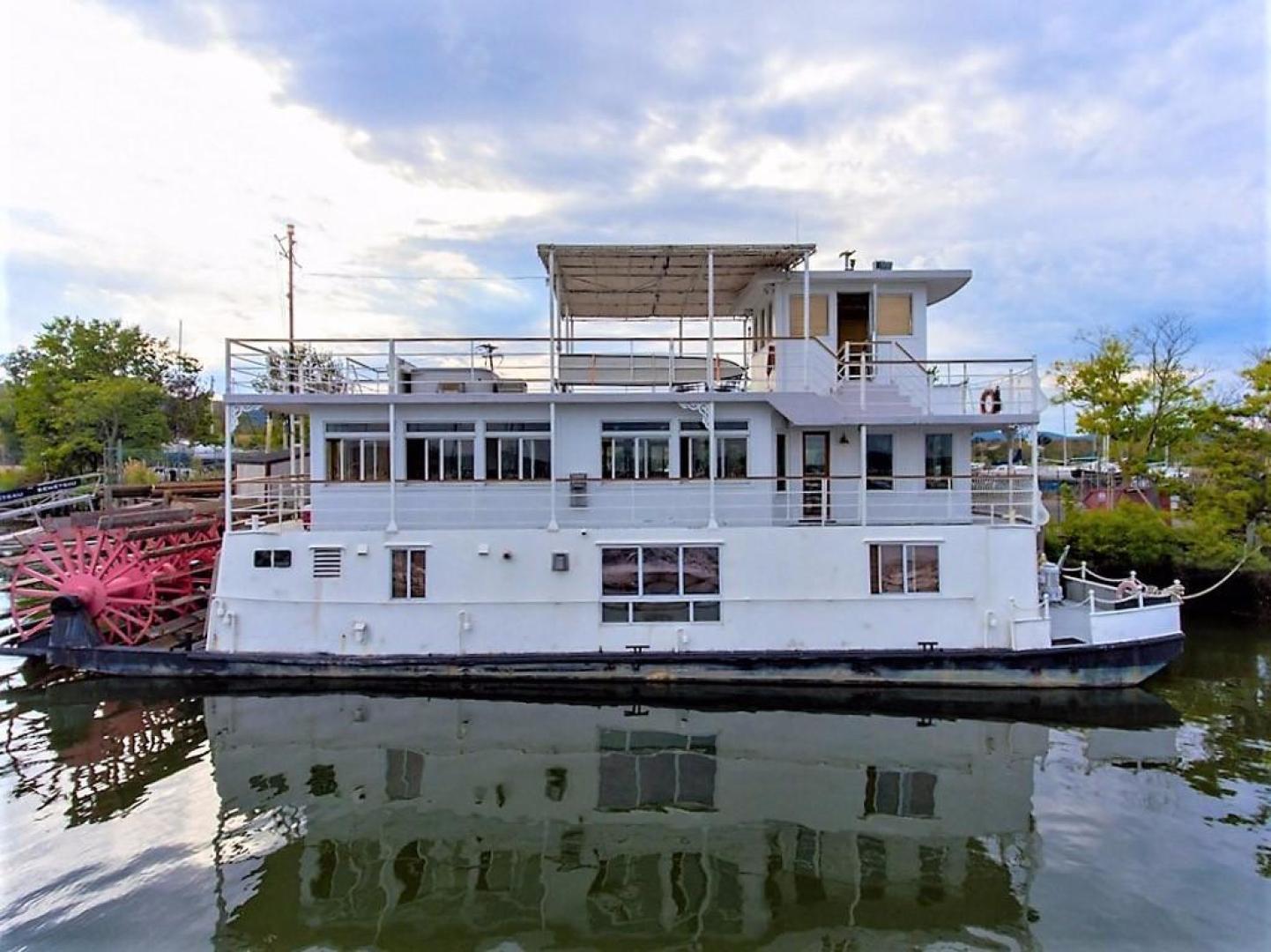 "1982 AC Mcleod 79' Custom Sternwheeler House Barge ""Elena Queen of Arts"""