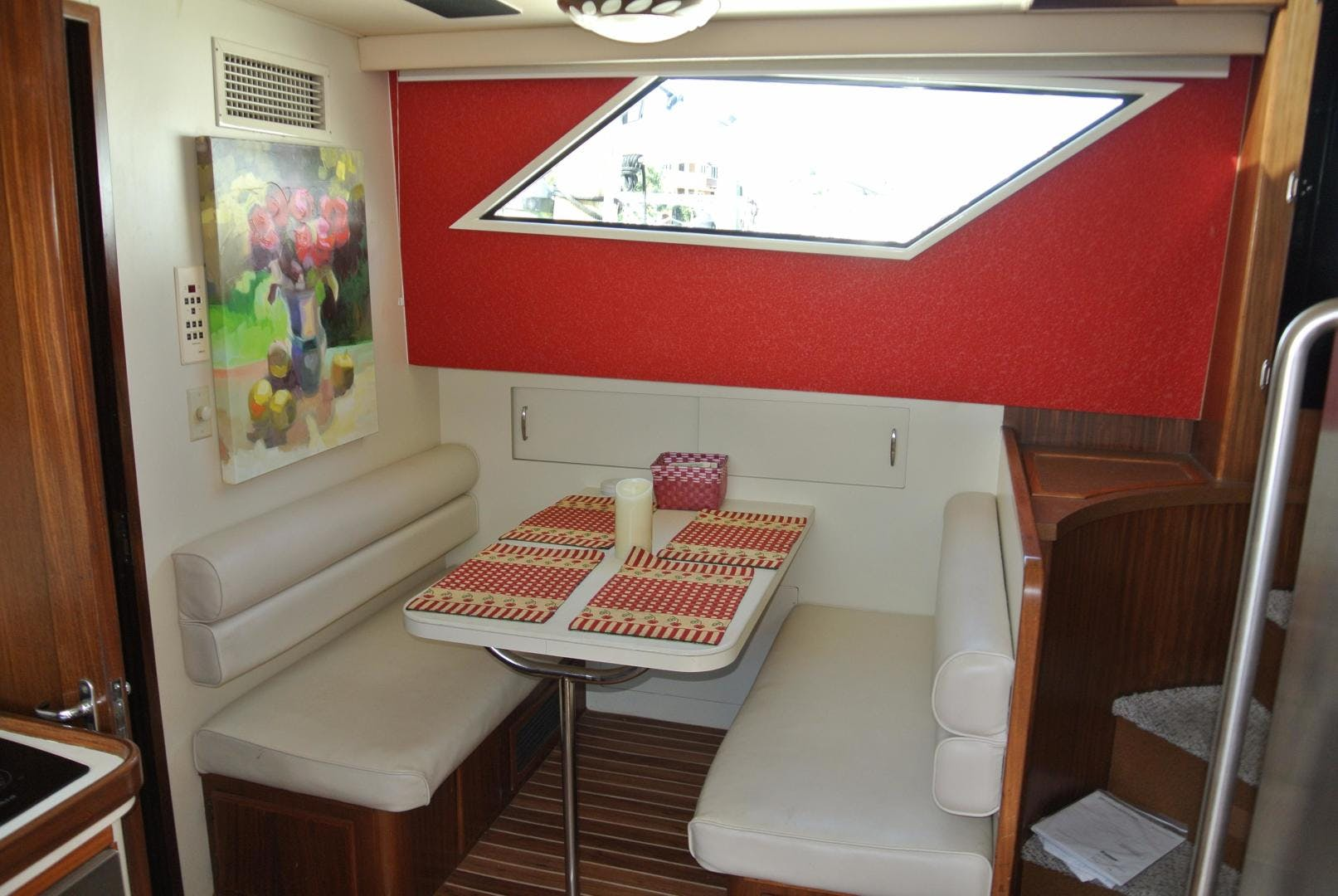 1988 Hatteras 67' 67 Cockpit Motor Yacht Lady Encore | Picture 6 of 46