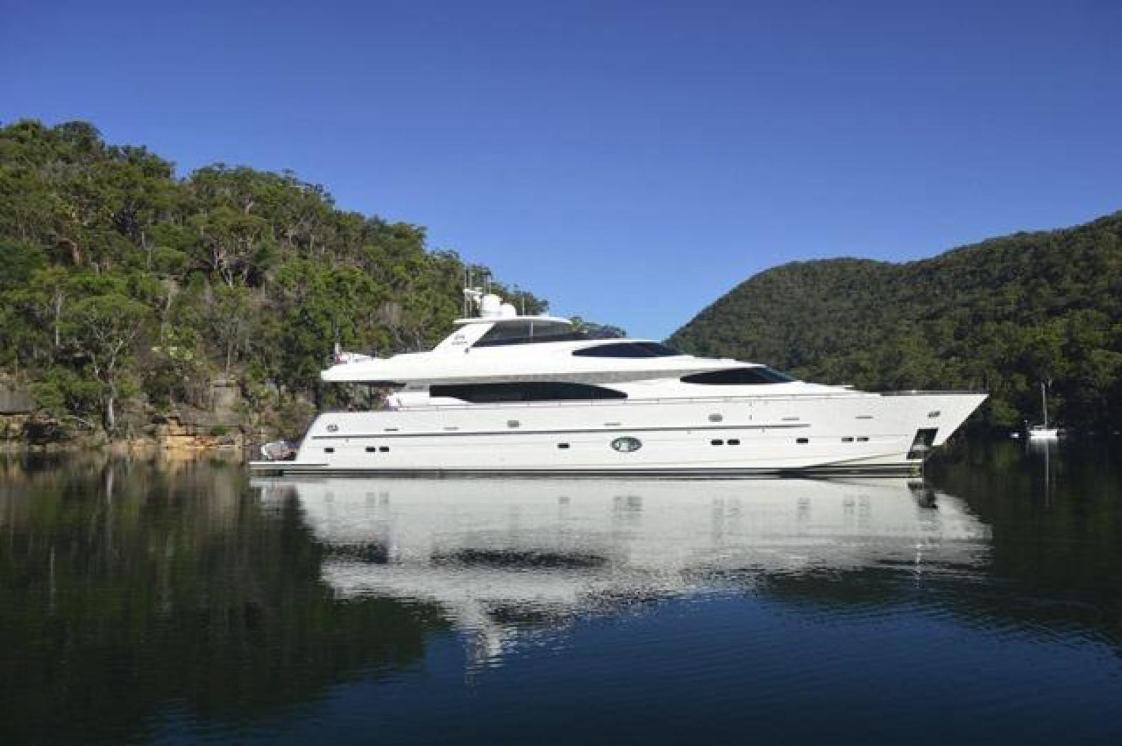 "2011 Horizon 97' 97 Motoryacht with Raised Pilothouse and Skylounge ""EnCore"""