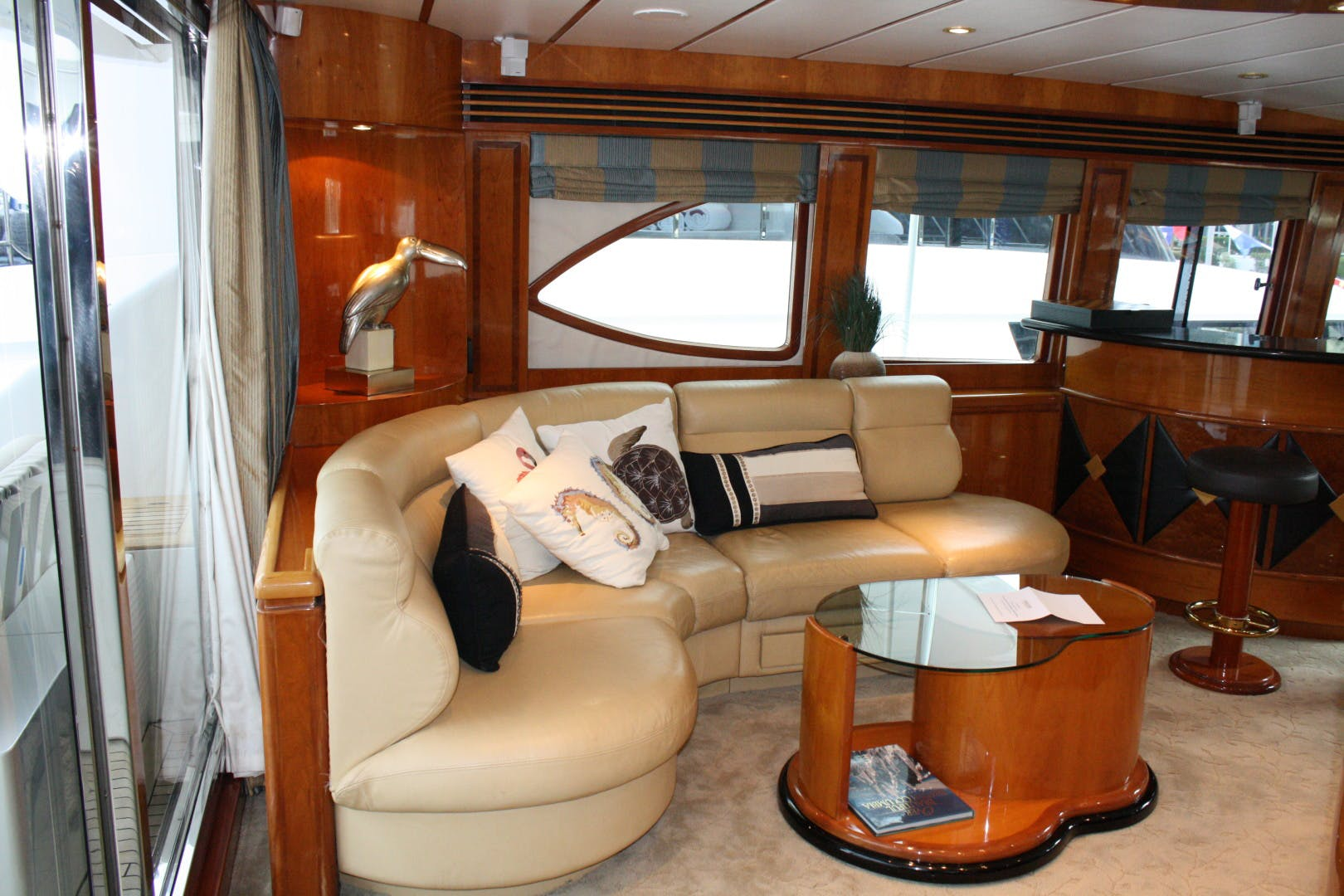 2003 Hargrave 94' Capri Skylounge CRYSTAL ANNE | Picture 7 of 26