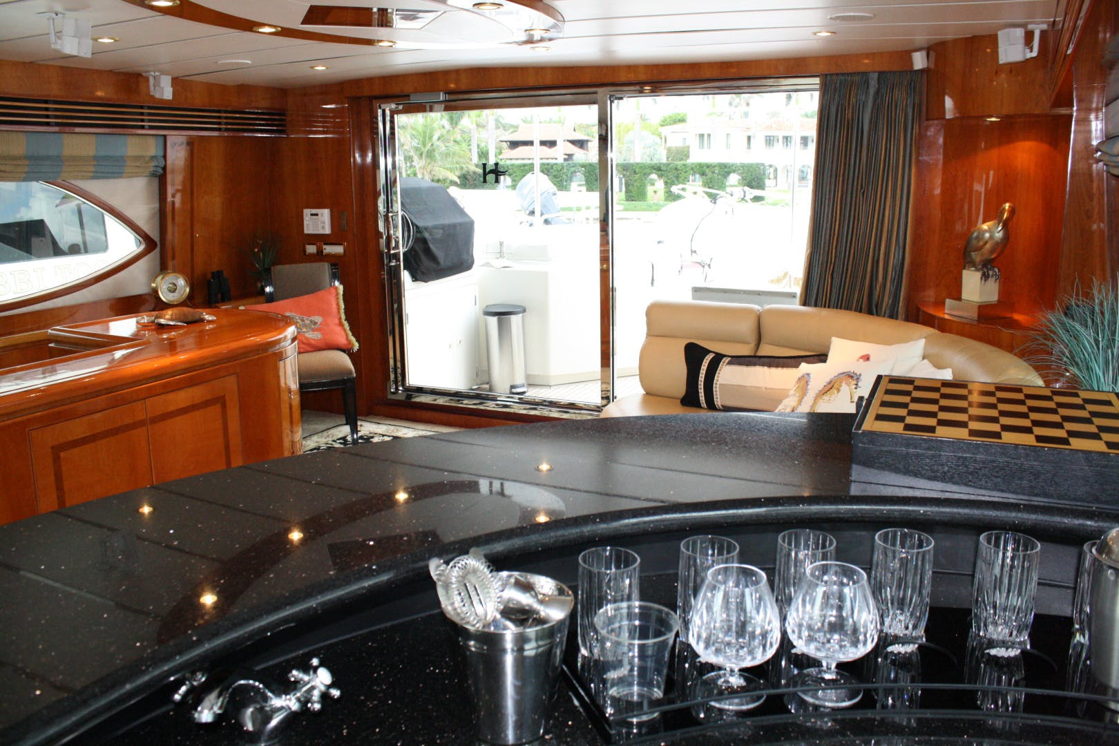 2003 Hargrave 94' Capri Skylounge CRYSTAL ANNE | Picture 1 of 26