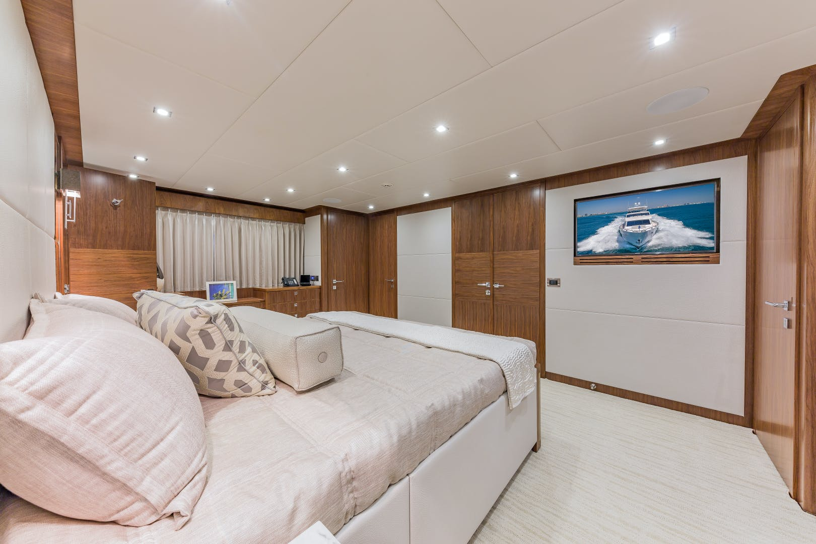 2018 Hargrave 100' Motoryacht MB3 | Picture 3 of 74
