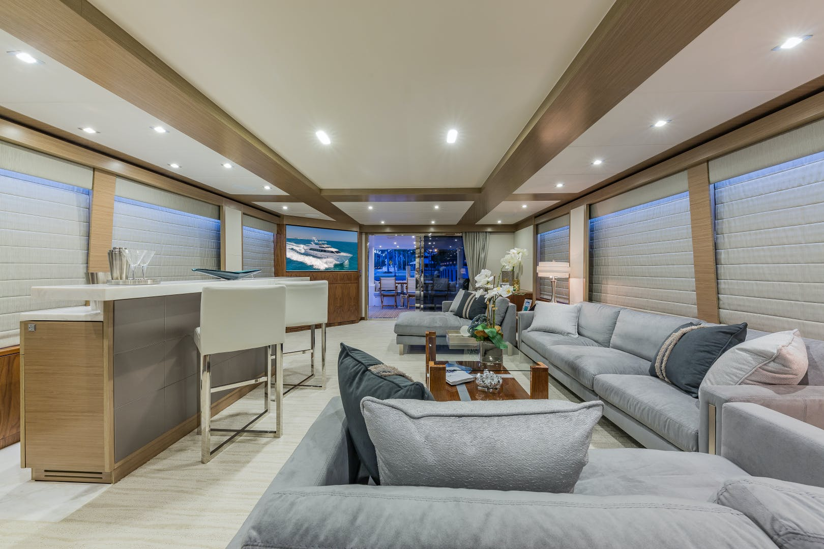 2018 Hargrave 100' Motoryacht MB3 | Picture 2 of 74