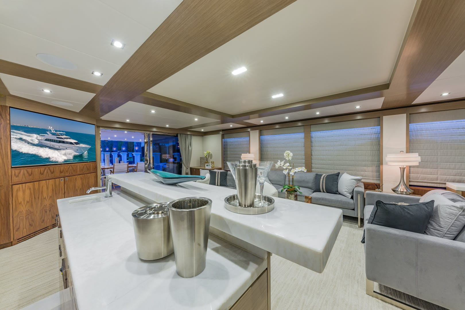 2018 Hargrave 100' Motoryacht MB3 | Picture 6 of 74