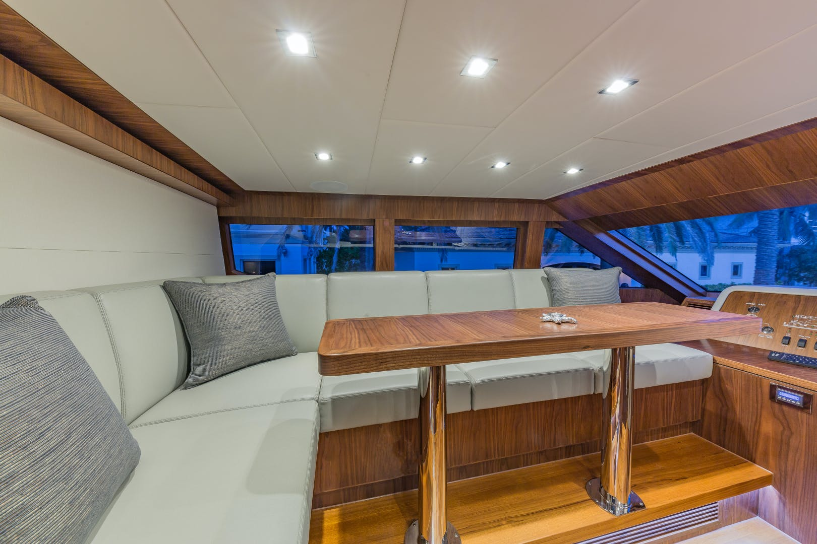 2018 Hargrave 100' Motoryacht MB3 | Picture 4 of 74