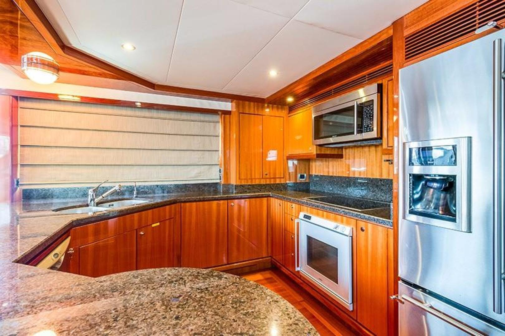 2010 Ocean Alexander 78' 74' Pilothouse Motor MARGARITA | Picture 3 of 42