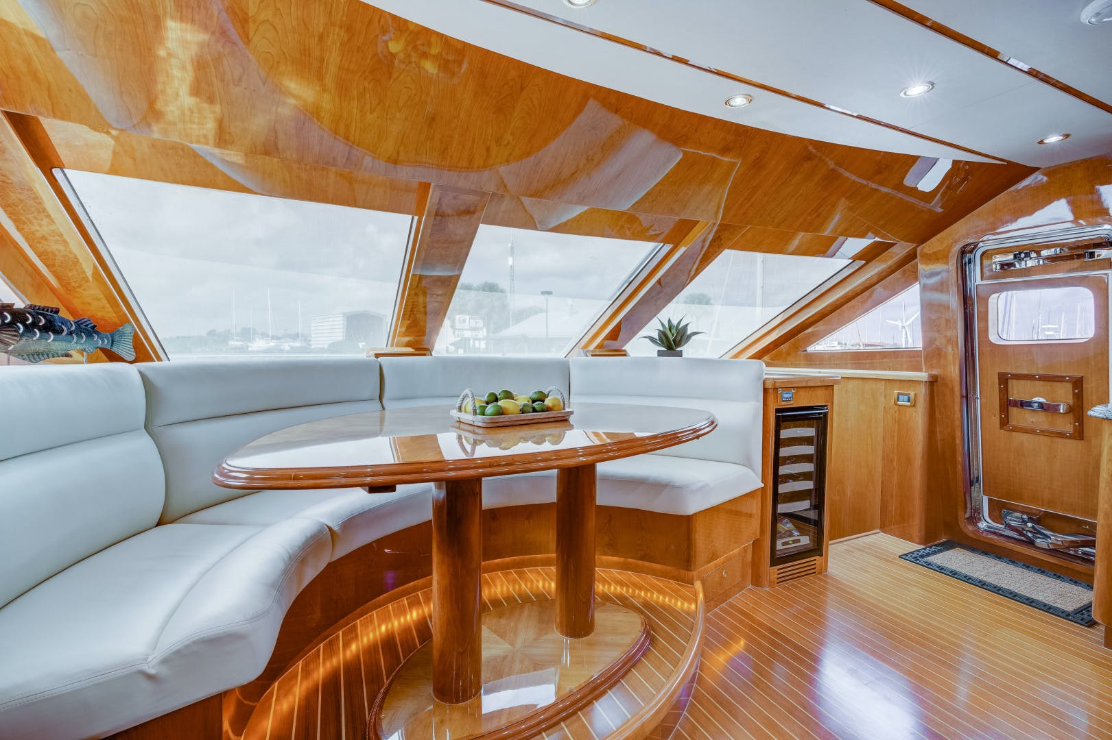 2009 Hargrave 90' 90' Skylounge HEARTBEAT | Picture 2 of 37