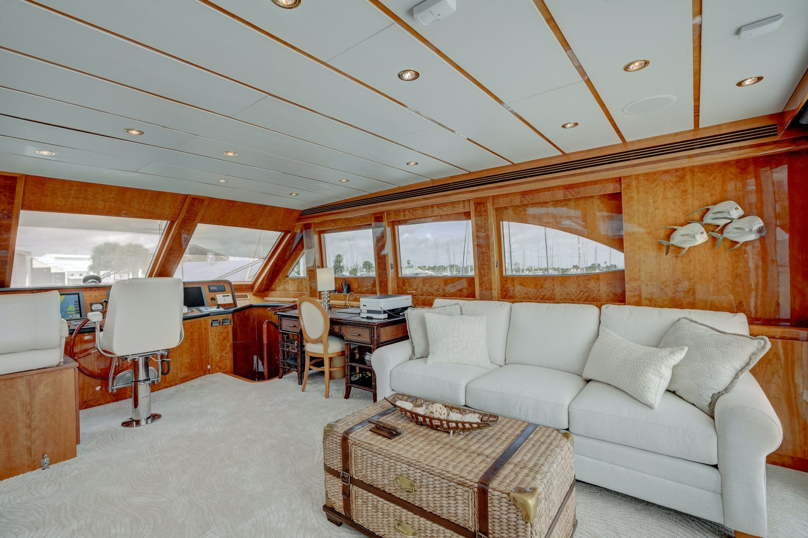 2009 Hargrave 90' 90' Skylounge HEARTBEAT   Picture 6 of 37