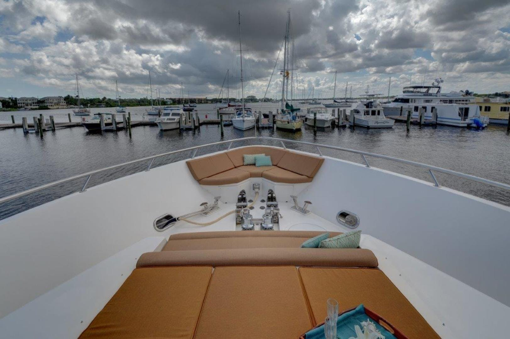 2009 Hargrave 90' 90' Skylounge HEARTBEAT   Picture 5 of 37
