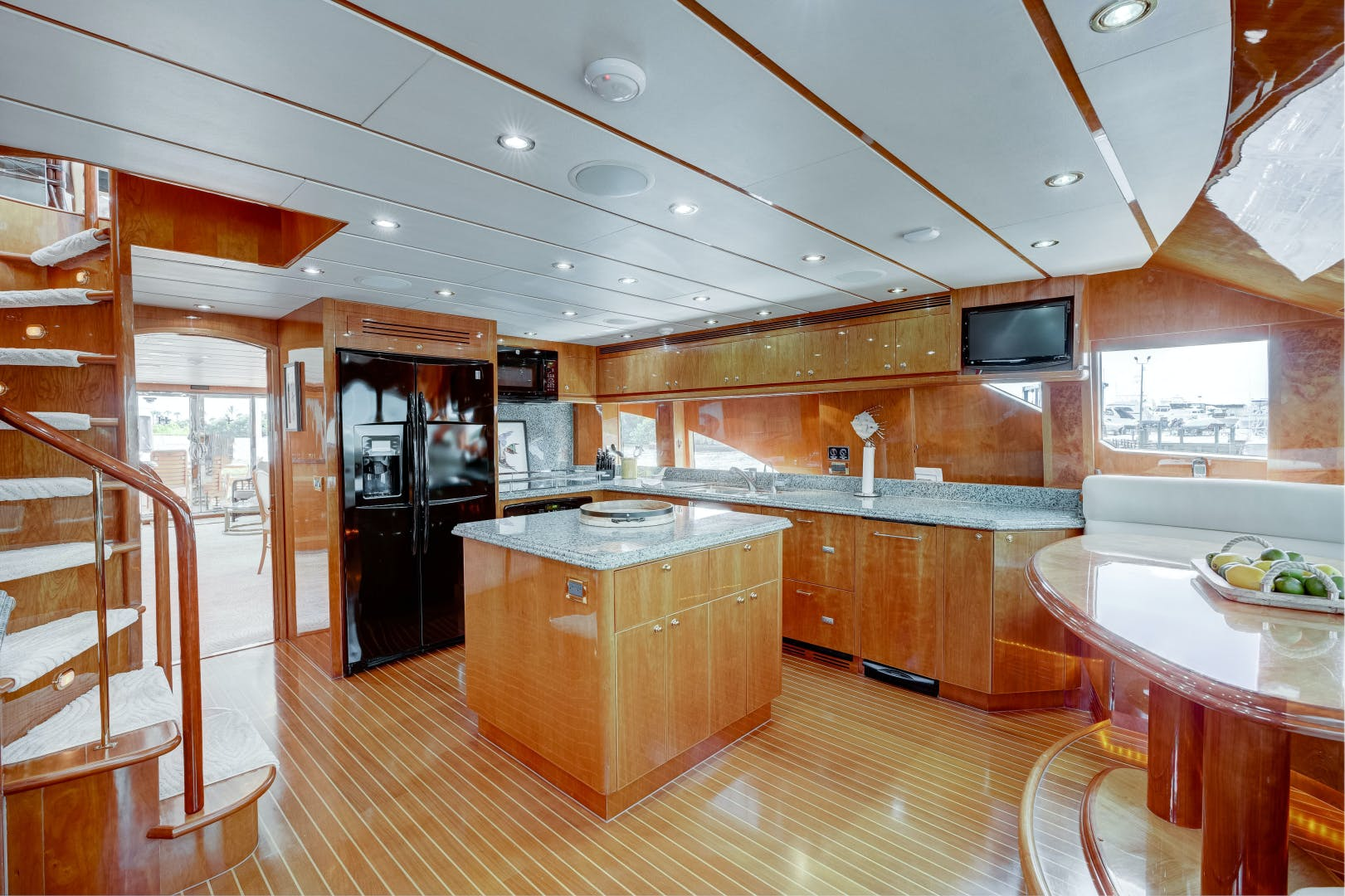2009 Hargrave 90' 90' Skylounge HEARTBEAT   Picture 1 of 37