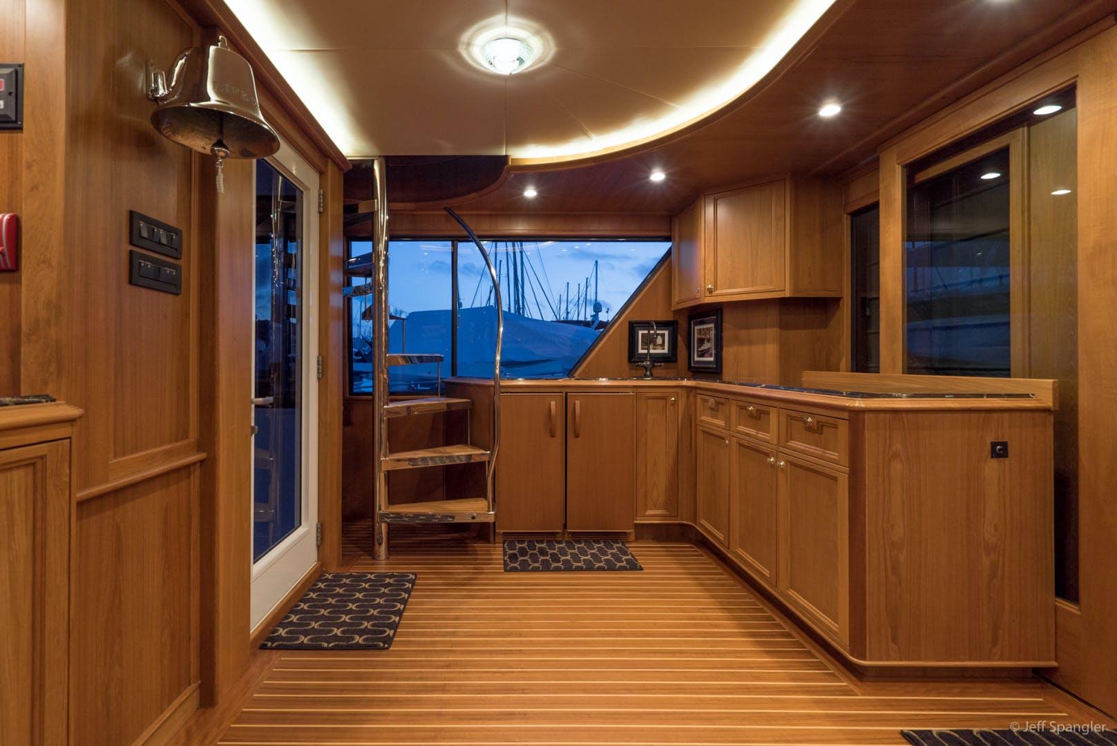 1994 Westport - Crescent 115' Tri-Deck Motoryacht LIFE OF RILEY   Picture 4 of 63