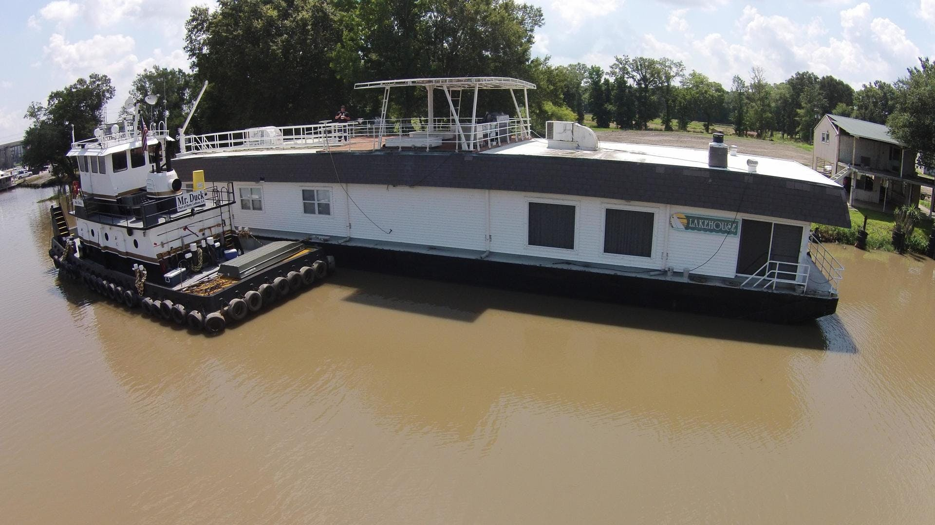 1994 Custom 120' Houseboat Lakehouse | Picture 3 of 38