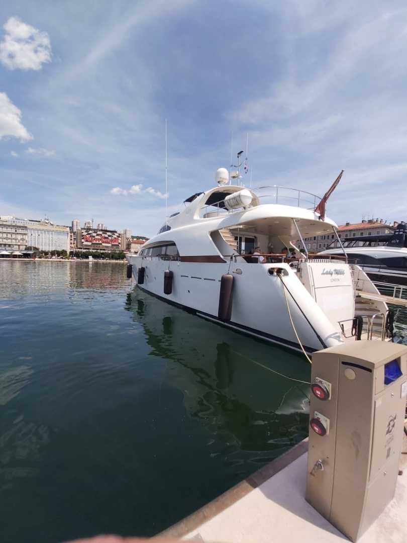 1998 Bugari 90' Motor Yacht LADY MIKKI | Picture 5 of 23