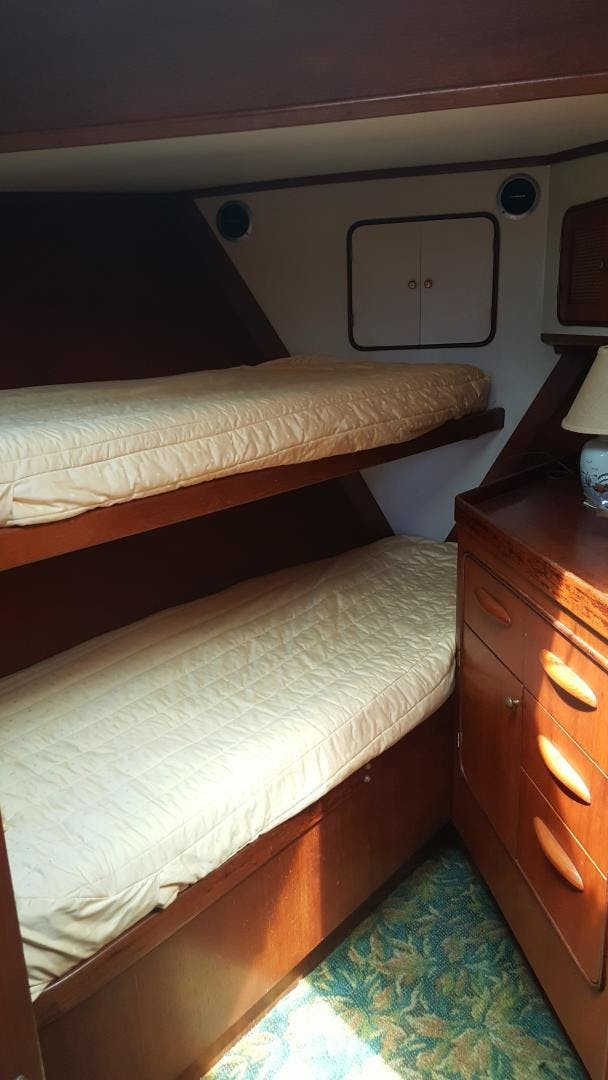 1982 Gulfstar 48'  Sigma IV | Picture 5 of 27
