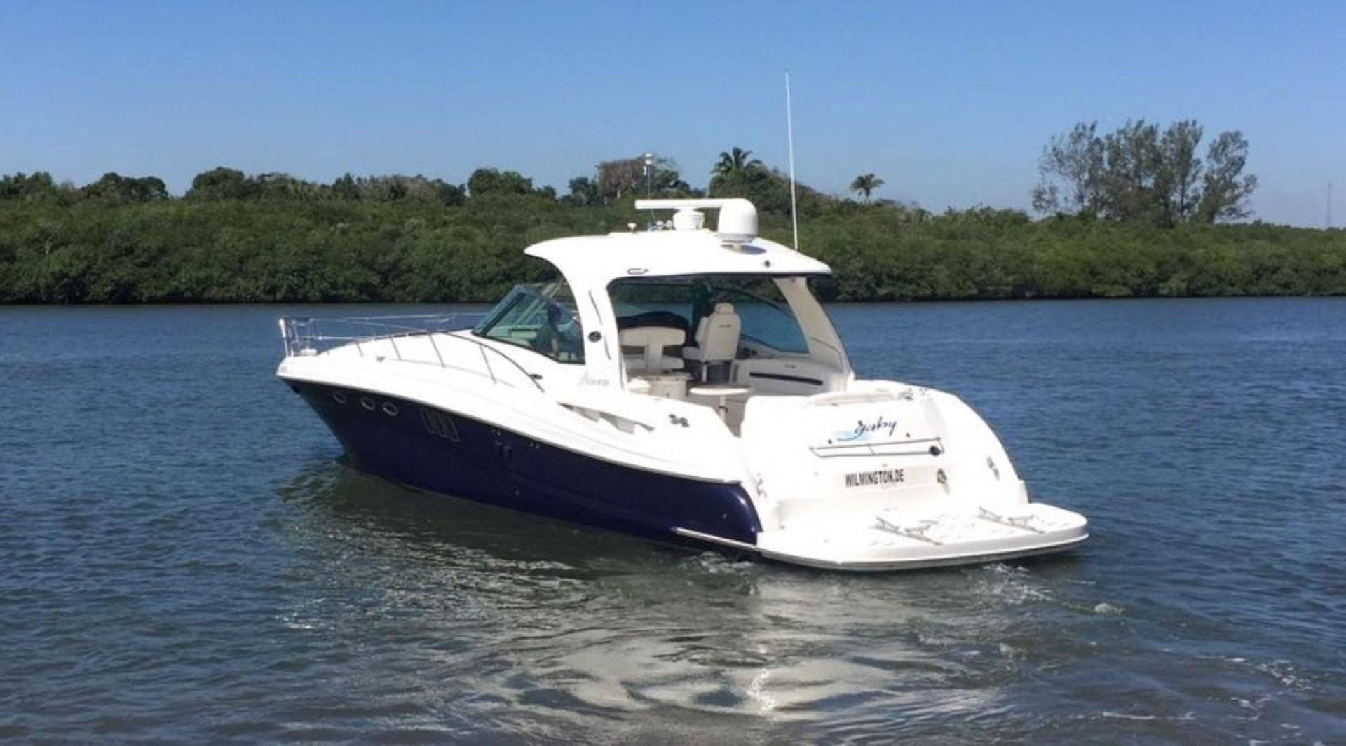 2008 Sea Ray 52' 52 Sundancer  | Picture 4 of 17