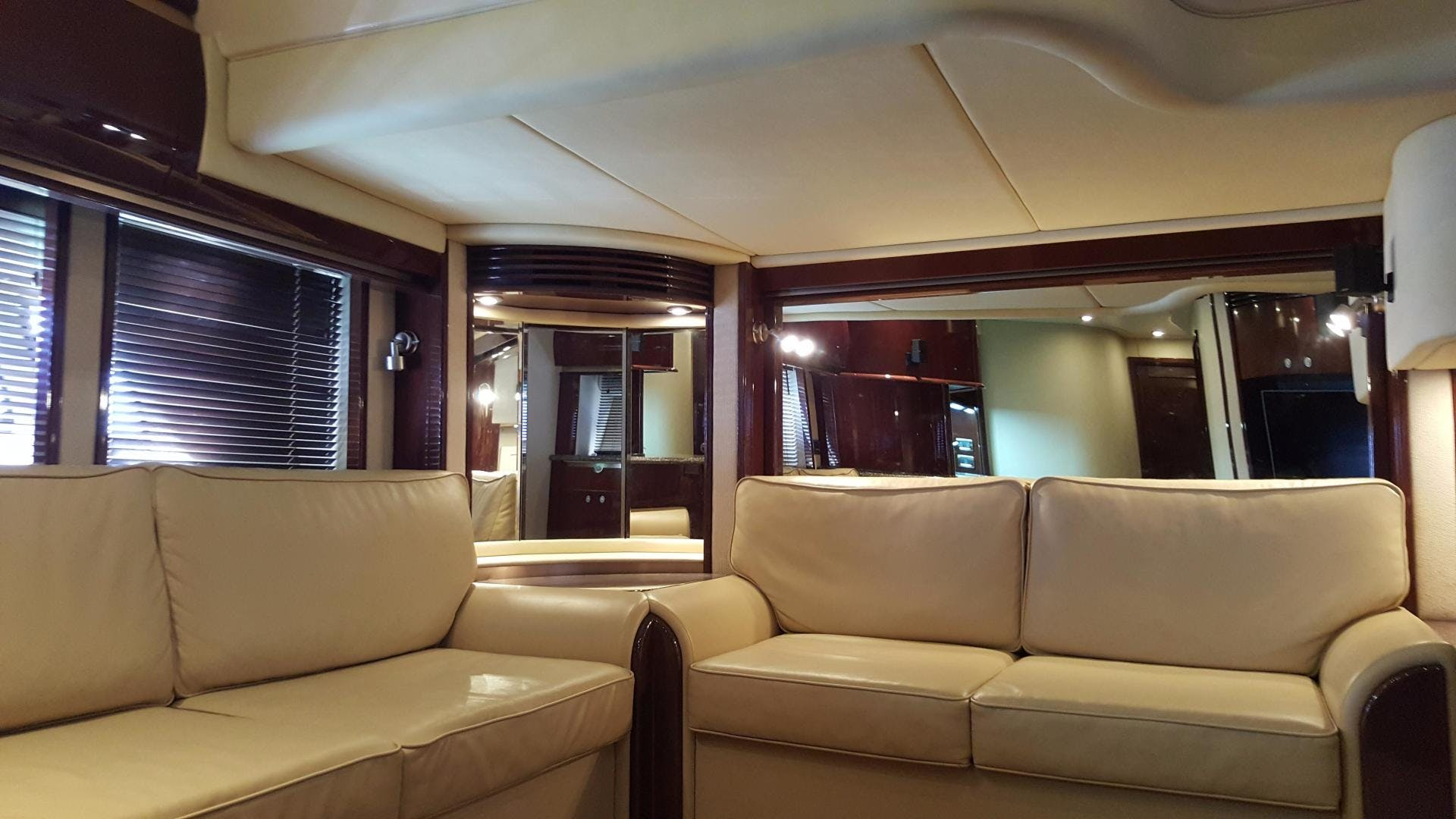 2008 Sea Ray 52' 52 Sundancer  | Picture 1 of 17