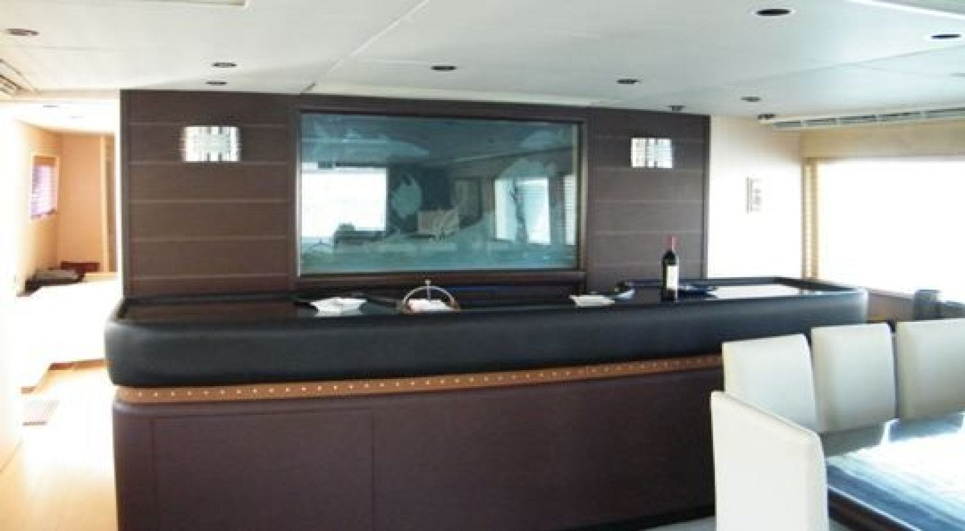1986 Poole Boat Company 98' Raised Pilothouse with Cockpit Marazul | Picture 2 of 26