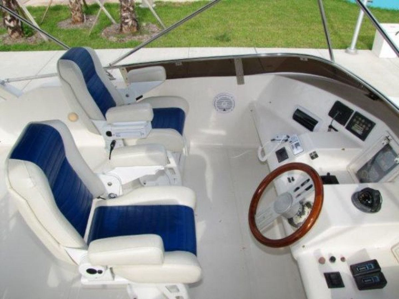 2000 Gulf Craft 56' Sport Flybridge Cruiser Tiger Cat | Picture 7 of 60