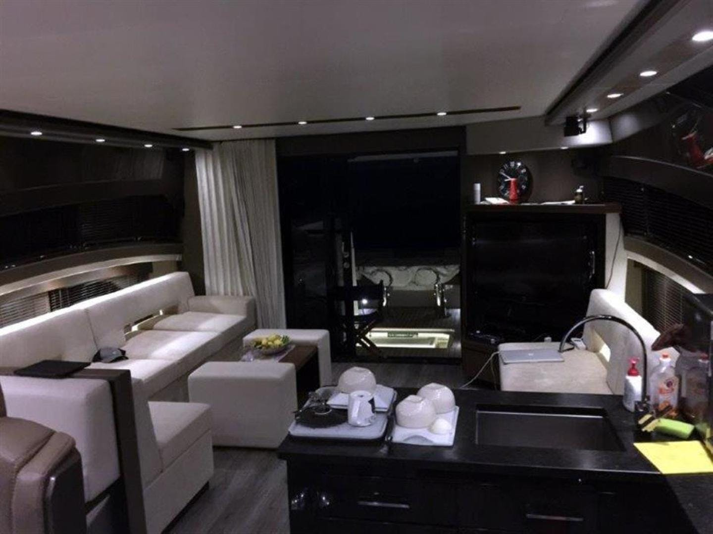 2013 Marquis 63'  FNN  | Picture 3 of 31