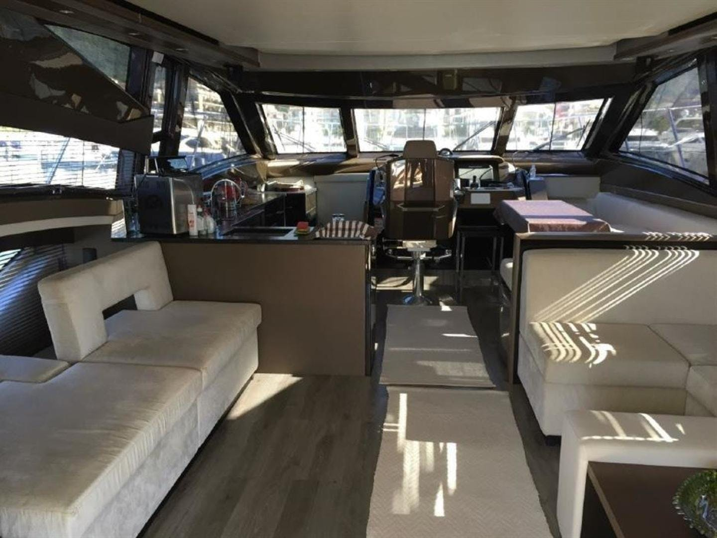 2013 Marquis 63'  FNN  | Picture 2 of 31
