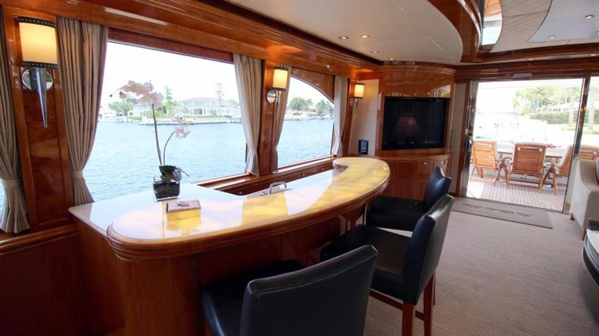 2009 Hargrave 101' Raised Pilot House Motor Yacht La Dolce Vita | Picture 1 of 64