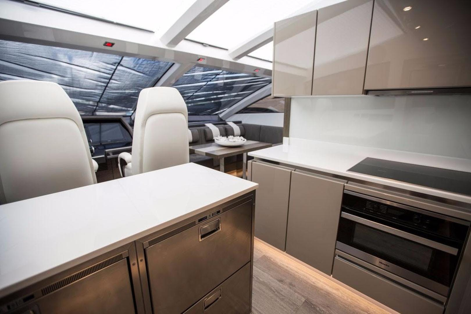 2018 Pearl 80' 80 Yacht  | Picture 7 of 47