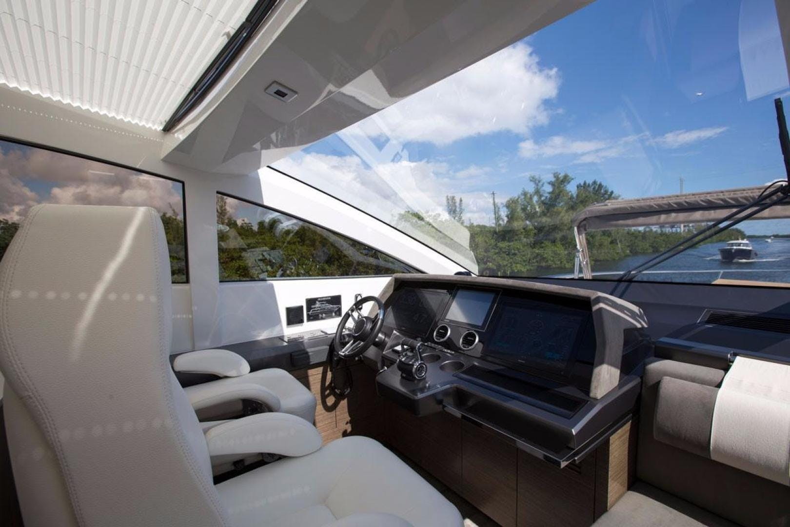 2018 Pearl 80' 80 Yacht  | Picture 2 of 47