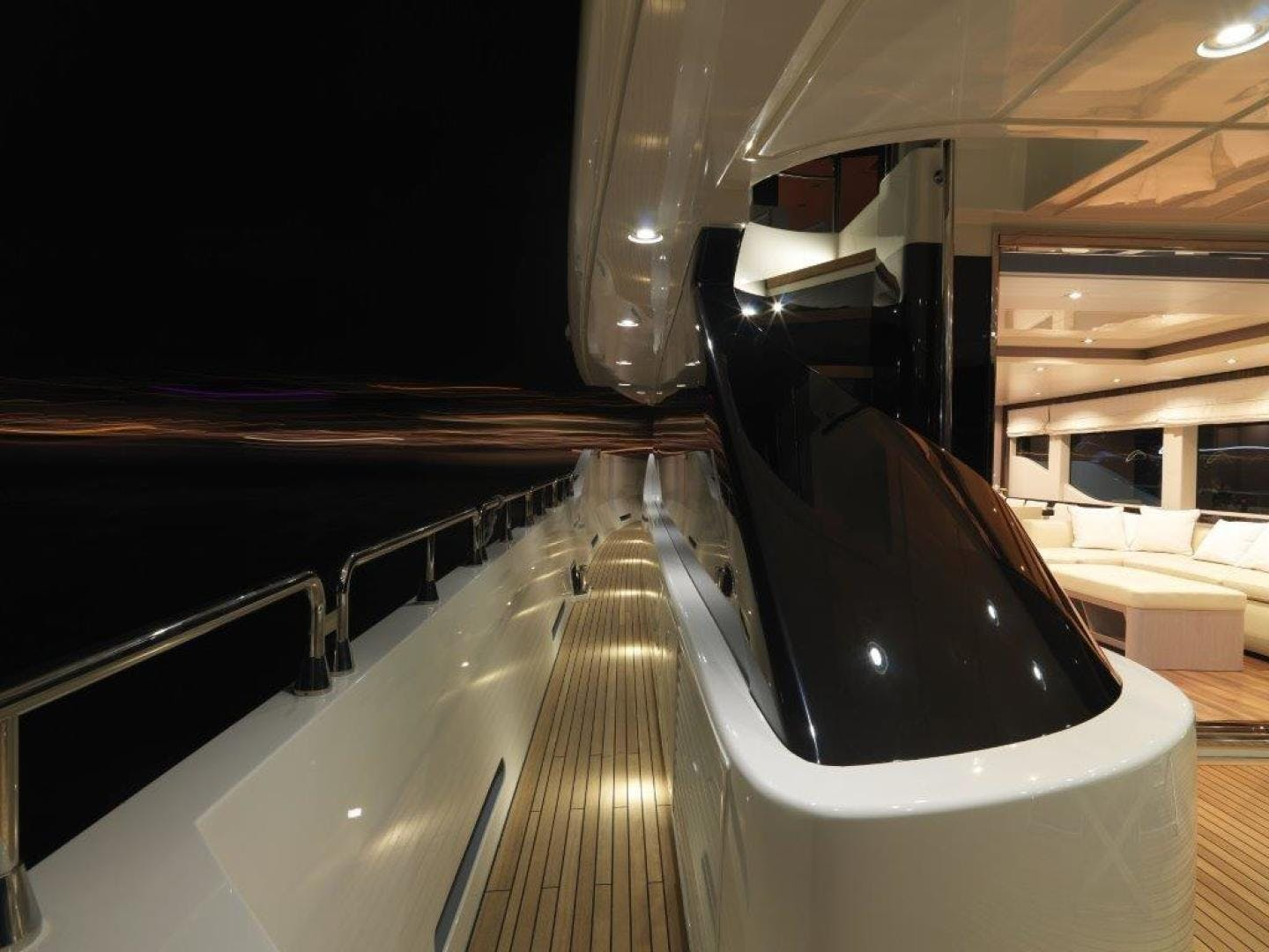 2018 Canados 95' Oceanic Tri-Deck  | Picture 7 of 18