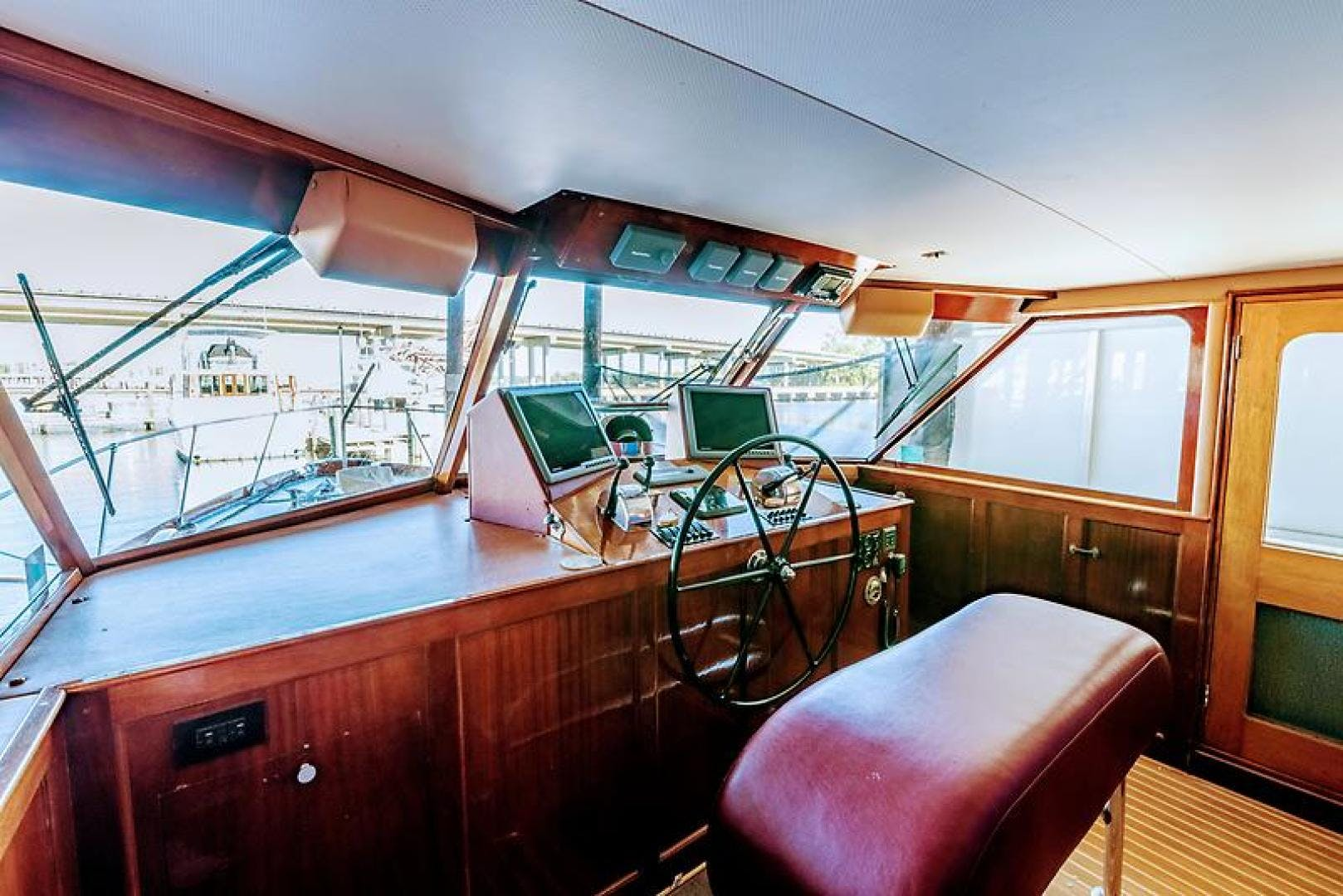 1969 Trumpy 63' Houseboat Angelus | Picture 5 of 30