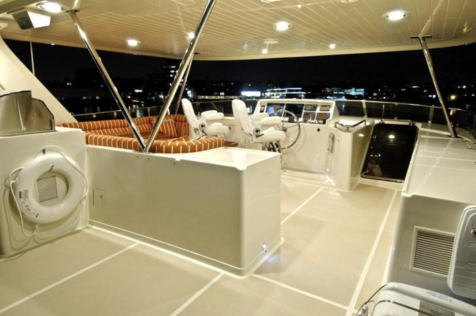 2021 Offshore Yachts 80' 76/80 Motoryacht  | Picture 7 of 11