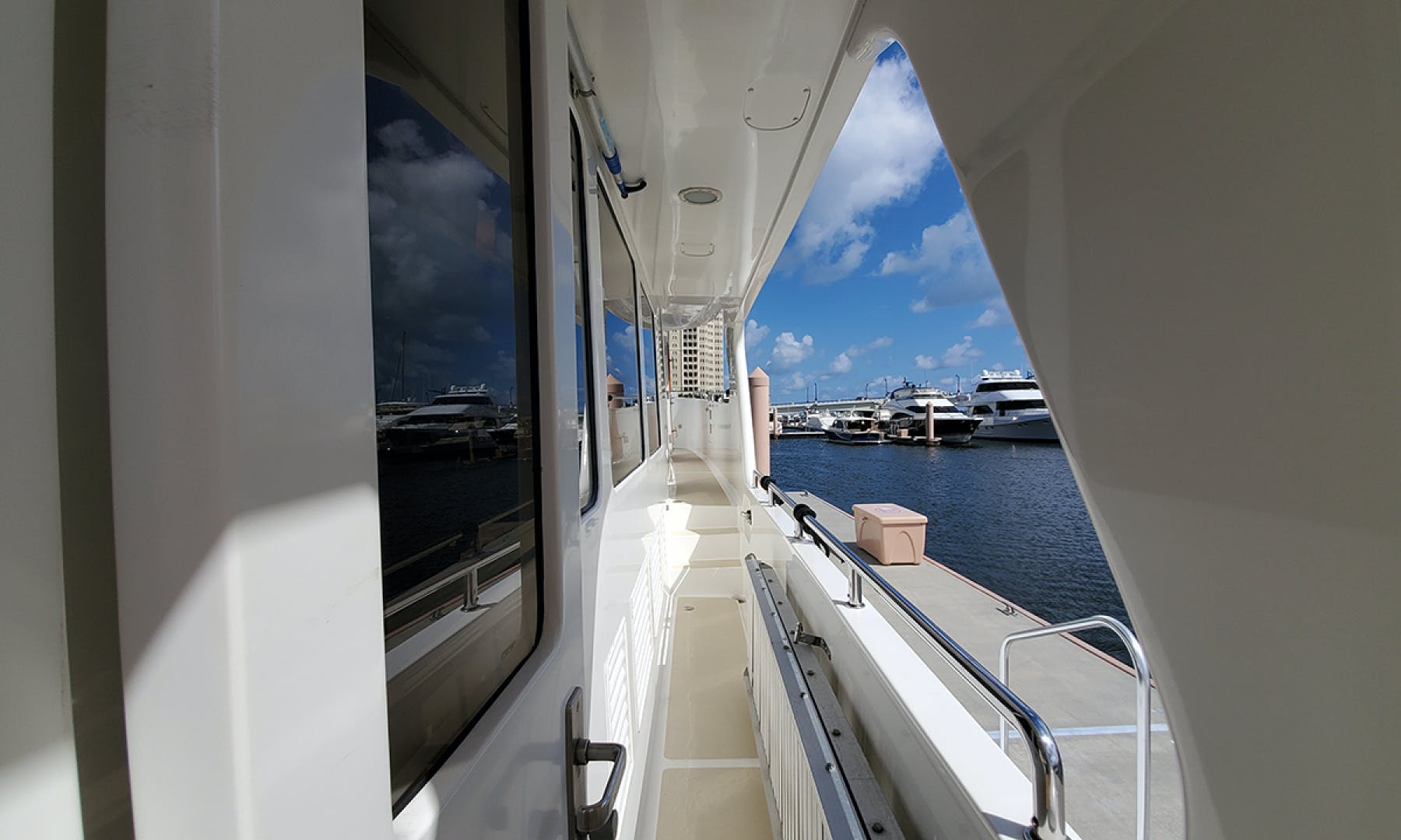 2007 Outer Reef Yachts 65' 650 MY  | Picture 7 of 71