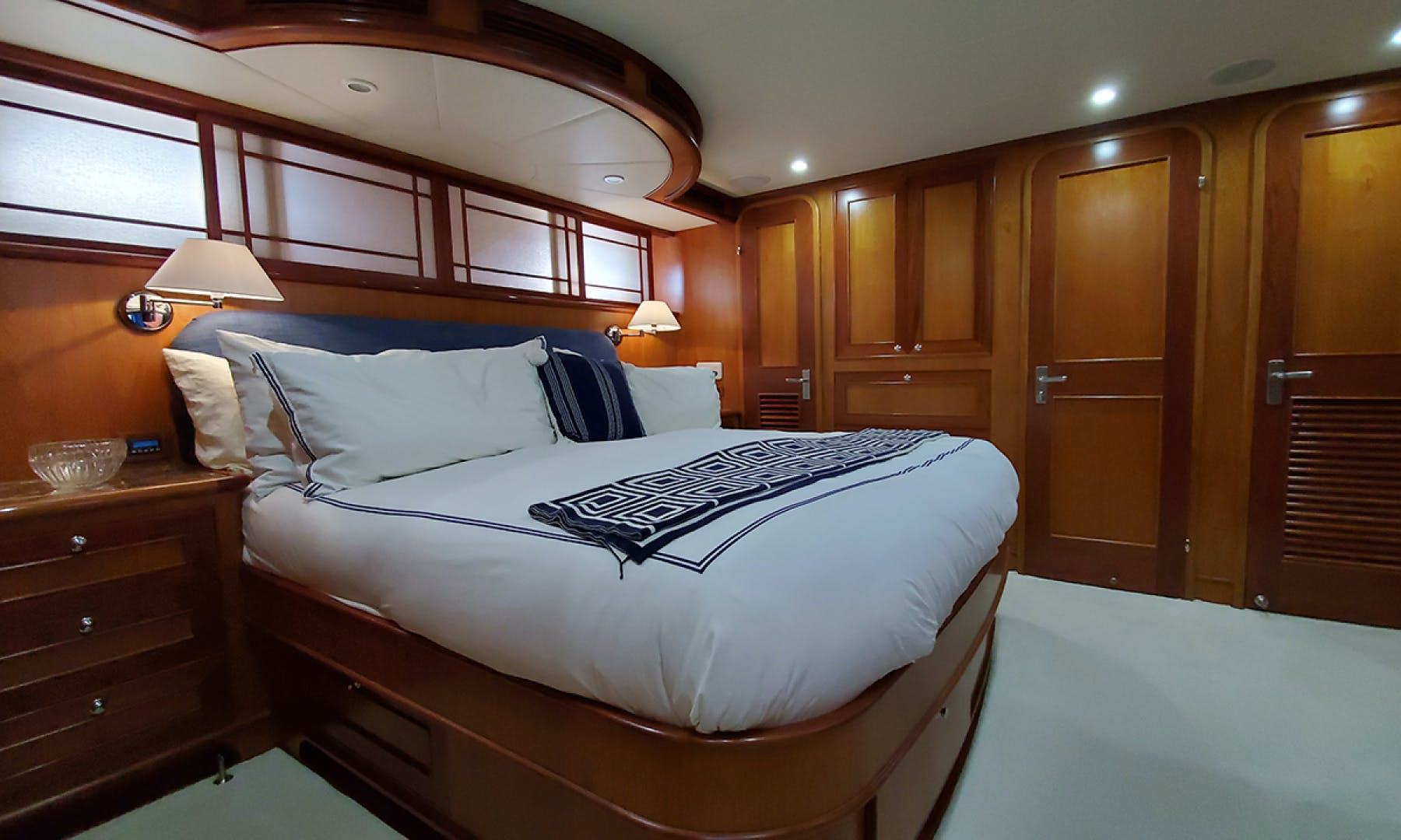 2007 Outer Reef Yachts 65' 650 MY  | Picture 4 of 71
