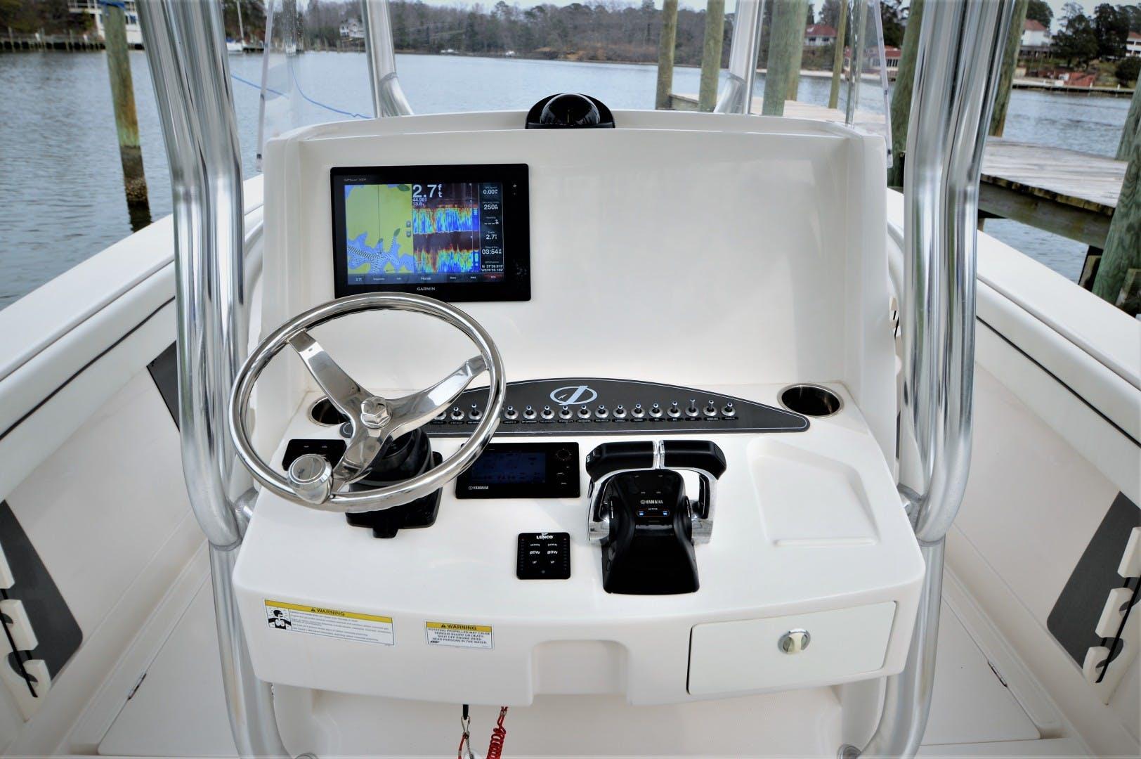 2016 Jupiter 30' 30 Hybrid Forward Seating Traveller  | Picture 2 of 51